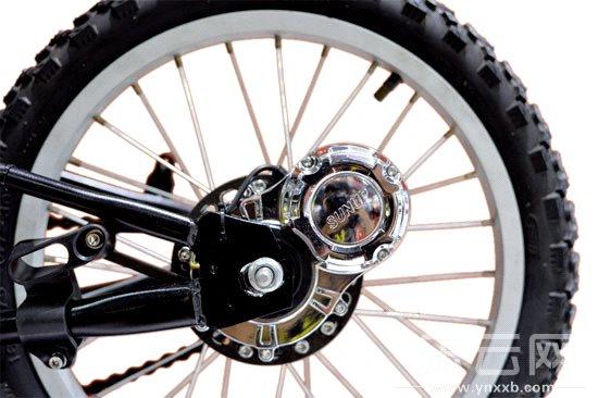 自行车绿能发电机