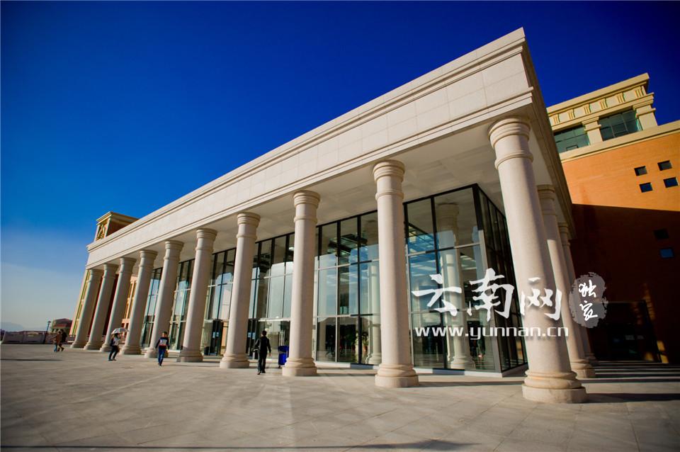 大学图书馆人性化建筑设计理念探析——以东北大学图书馆为例图片