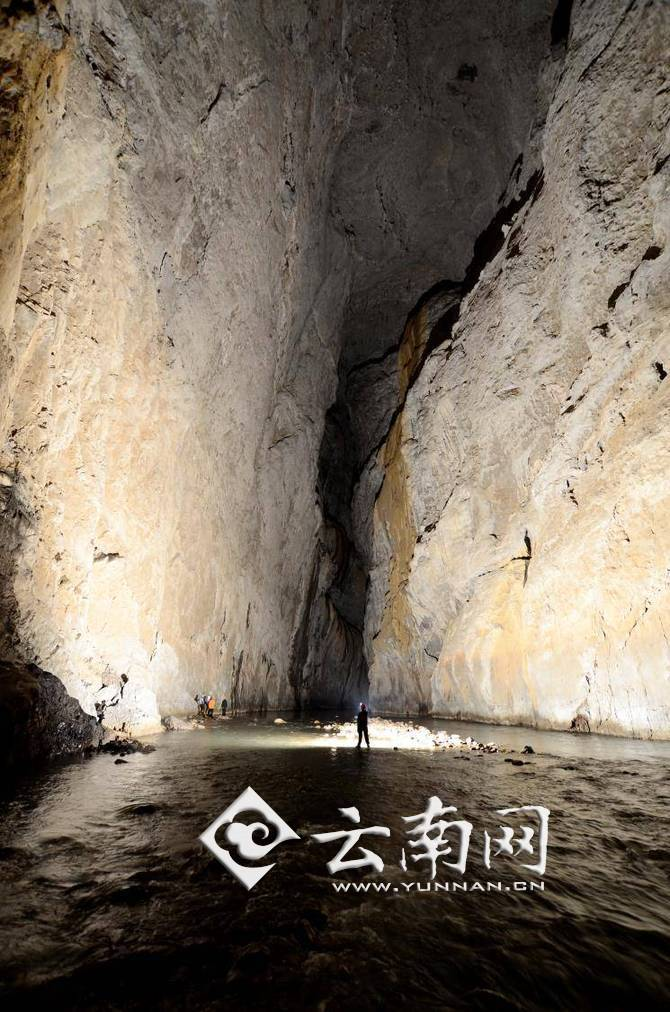 女人嫩穴洞_岩溶洞穴